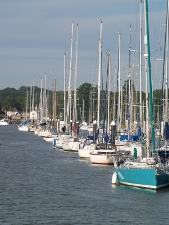Manns & Manns Estate & Letting Agents in Burseldon, Southampton - Boats on River