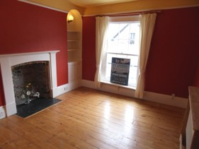 Freeborns Letting Agents in Dartmouth - Lounge in House to let