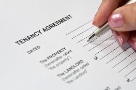 Oaktree Letting Agents in Ealing - Tenancy Agreement